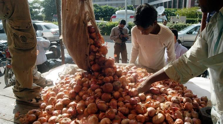 onion prices, onion prices rise, Ram Vilas Paswan, Ram Vilas Paswan on onion prices, indian express, latest news, onion price Rs 80/kg