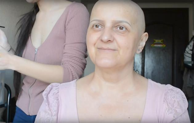 A YouTuber has given a makeover to her mum, who is currently undergoing chemotherapy. Photo: YouTube.
