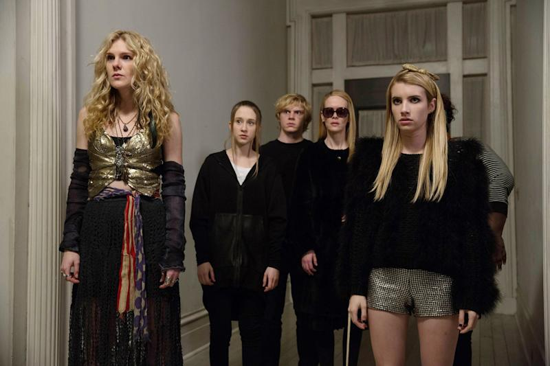 AMERICAN HORROR STORY: COVEN, l-r: Lily Rabe, Taissa Farmiga, Evan Peters, Sarah Paulson, Emma Roberts in 'Go To Hell' (Season 3, Episode 12, aired January 22, 2014). ph: Michele K. Short/FX Networks/courtesy Everett Collection