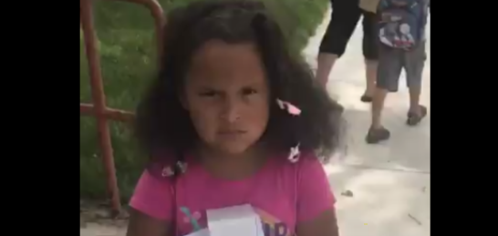 This little girl was candid when it came to her feelings about her first day of school. (Photo: <span>Rebeca Maldonado</span> via Twitter)