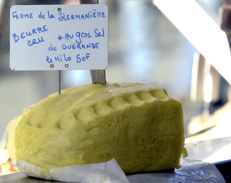 """A study has found that replacing saturated fats like butter with unsaturated fats from plant-based foods such as olive oil or canola oil could offer """"substantial health benefits"""""""