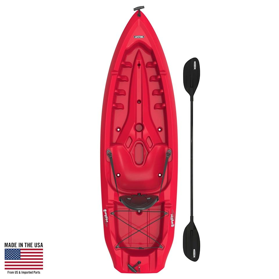 <p>How much fun will it be to take this <span>Lifetime Daylite 80 Sit-On-Top Kayak</span> ($159, originally $315) out on the water this Summer?</p>