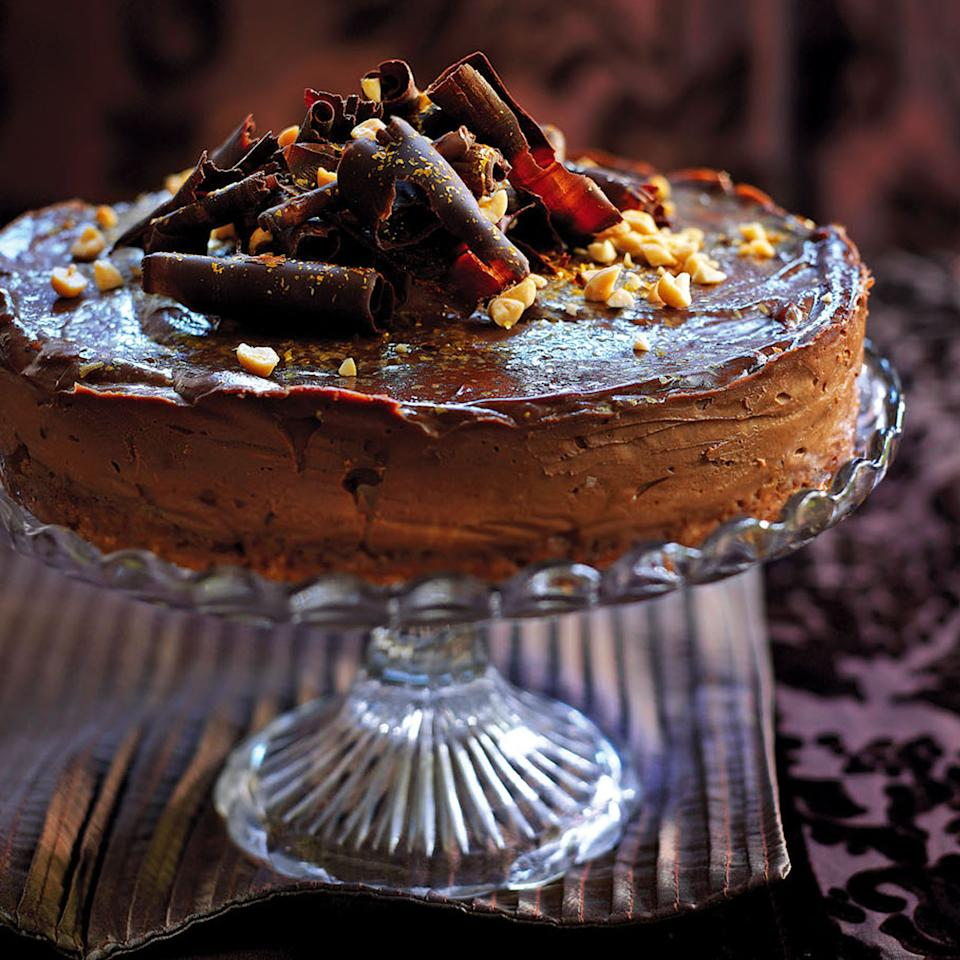 Chocolate and Salted Peanut Cheesecake