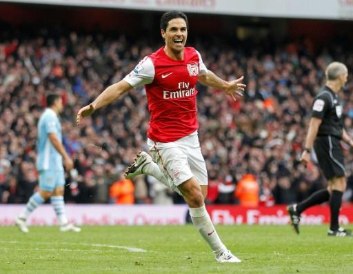 Mikel Arteta scored for Arsenal against Manchester in 2012