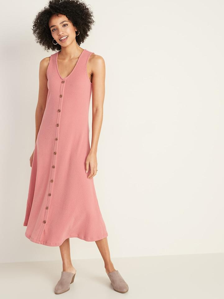 """<p>This <a href=""""https://www.popsugar.com/buy/Sleeveless-Button-Front-Rib-Knit-Midi-Dress-546925?p_name=Sleeveless%20Button-Front%20Rib-Knit%20Midi%20Dress&retailer=oldnavy.gap.com&pid=546925&price=22&evar1=fab%3Auk&evar9=47262056&evar98=https%3A%2F%2Fwww.popsugar.com%2Ffashion%2Fphoto-gallery%2F47262056%2Fimage%2F47262081%2FOld-Navy-Sleeveless-Button-Front-Rib-Knit-Midi-Dress&list1=shopping%2Cdresses%2Ctrends&prop13=api&pdata=1"""" rel=""""nofollow"""" data-shoppable-link=""""1"""" target=""""_blank"""" class=""""ga-track"""" data-ga-category=""""Related"""" data-ga-label=""""https://oldnavy.gap.com/browse/product.do?pid=551850012&amp;cid=10018&amp;pcid=10018&amp;vid=1&amp;grid=pds_6_675_1&amp;cpos=6&amp;cexp=1438&amp;cid=CategoryIDs%3D10018&amp;cvar=10587&amp;ctype=Listing&amp;cpid=res20020512651553725195840#pdp-page-content"""" data-ga-action=""""In-Line Links"""">Sleeveless Button-Front Rib-Knit Midi Dress</a> ($22, originally $40) is an Old Navy bestseller, and my favorite pick right now when it comes to soft pink dresses. I love how it hangs and can't wait to wear it with chunky gold jewelry. </p>"""