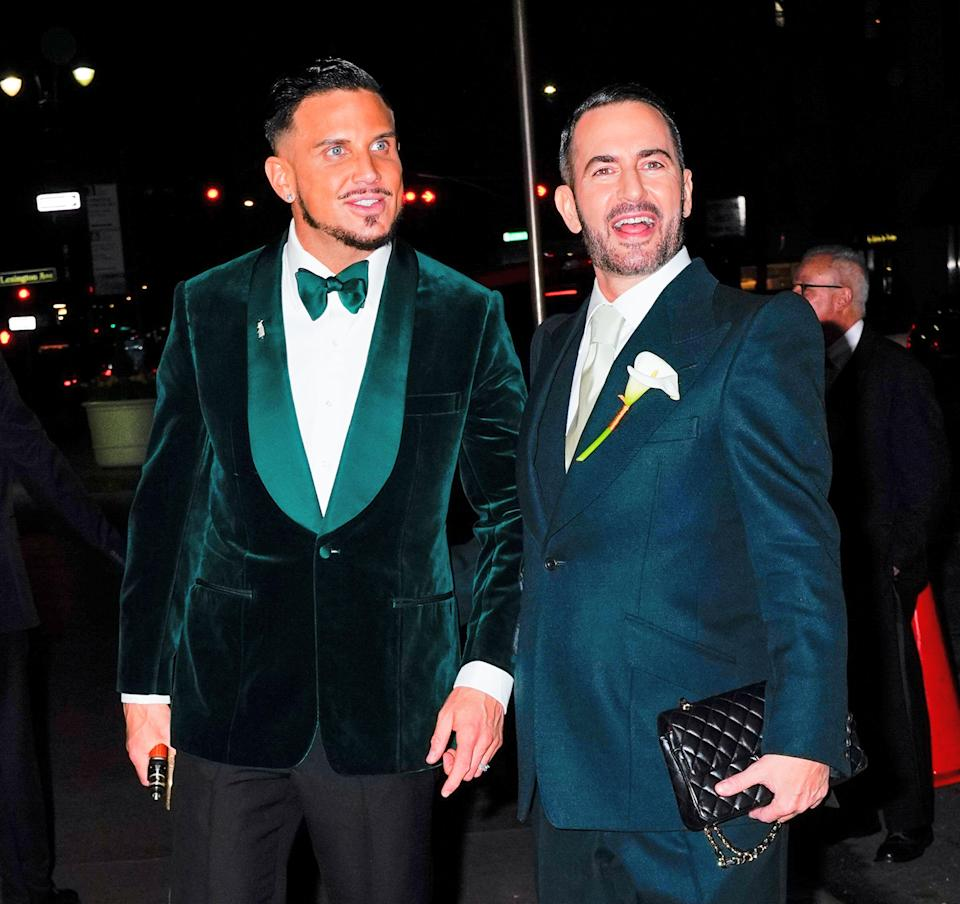 NEW YORK, NY – APRIL 06: Marc Jacobs and Char DeFrancesco arrive at their wedding reception on April 6, 2019 in New York City. (Photo by Gotham/GC Images)