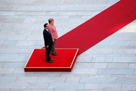 Germany, China vow to deepen partnership amid global uncertainty