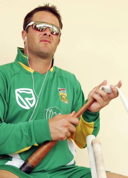 SAINT KITTS AND NEVIS - MARCH 14:  Mark Boucher of South Africa in action during a South Africa World Cup nets session and press call, on March 14, 2007 in Saint Kitts, West Indies. (Photo by Duif du Toit/Gallo Images/Getty Images)