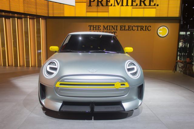 <p><strong>Mini Electric Concept</strong><br>Fans of the iconic Mini Cooper can go green with the new, fully-electric version. It's the second electrified car from the automaker, and has some truly distinct Mini-feel, right down to the Union Jack-styled tail-lights. Anticipated launch year: 2019 (Green Car Reports) </p>