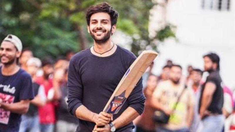 Kartik Aaryan is super funny on his social media and we love him for that!