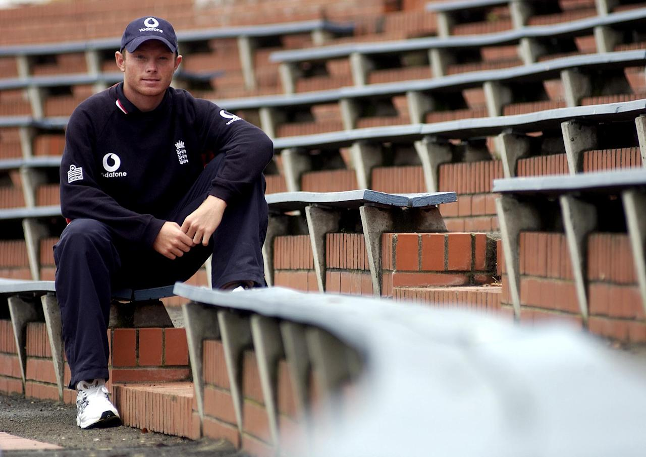 20 Mar 2002:  Ian Bell of England during the England nets session at the Westpac Trust Stadium, Wellington, New Zealand. DIGITAL IMAGE. Mandatory Credit: Tom Shaw/Getty Images