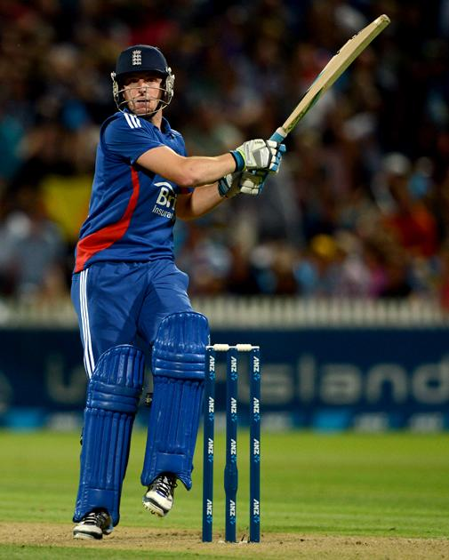 HAMILTON, NEW ZEALAND - FEBRUARY 12:  Jos Buttler of New Zealand bats during the international Twenty20 match between New Zealand and England at Seddon Park on February 12, 2013 in Hamilton, New Zealand.  (Photo by Gareth Copley/Getty Images)