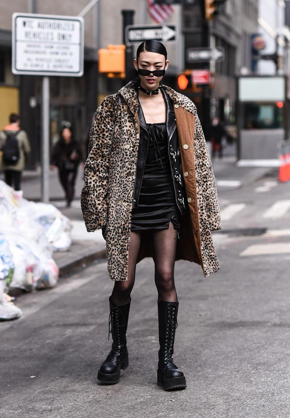 <p>Hot Topic shoppers, rejoice. In 2021, we're embracing the return of all thing '90s punk, with chokers, latex, and combat boots. <br><br></p>