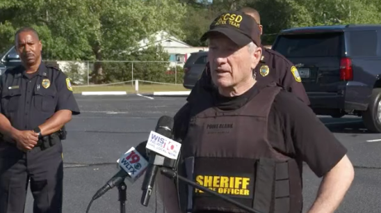 Officials address the media after the hijacking of a school bus full of children in South Carolina on 6 May 2021 (WISTV)