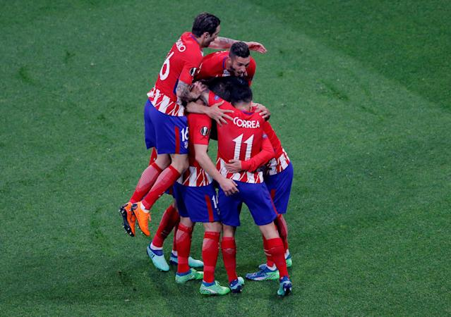 Soccer Football - Europa League Final - Olympique de Marseille vs Atletico Madrid - Groupama Stadium, Lyon, France - May 16, 2018 Atletico Madrid's Antoine Griezmann celebrates with team mates after scoring their first goal REUTERS/Vincent Kessler