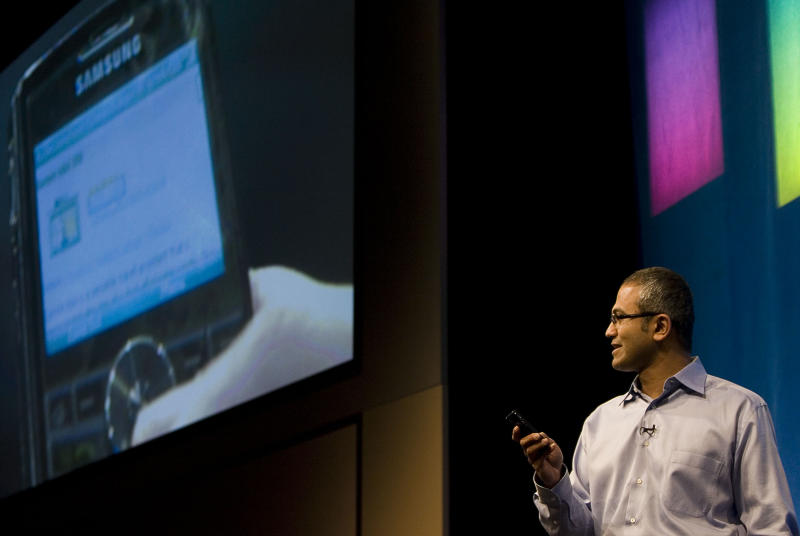 Microsoft CEO to focus on mobile, cloud technology