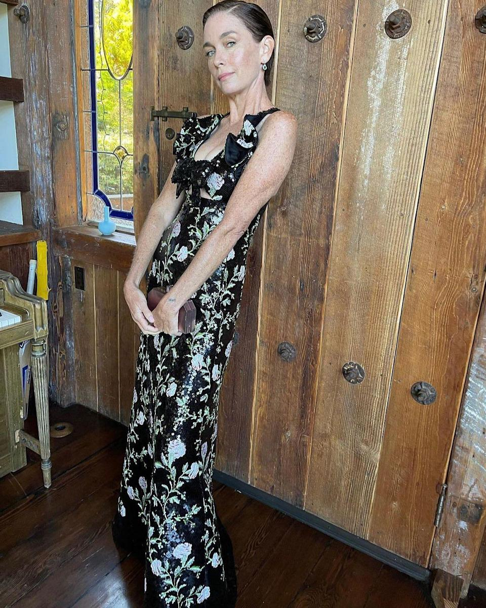 """<div class=""""paragraphs""""><p>Julianne Nicholson, who won an acting honour for <em>Mare of Easttown</em>, steals the show in this outfit. </p></div>"""