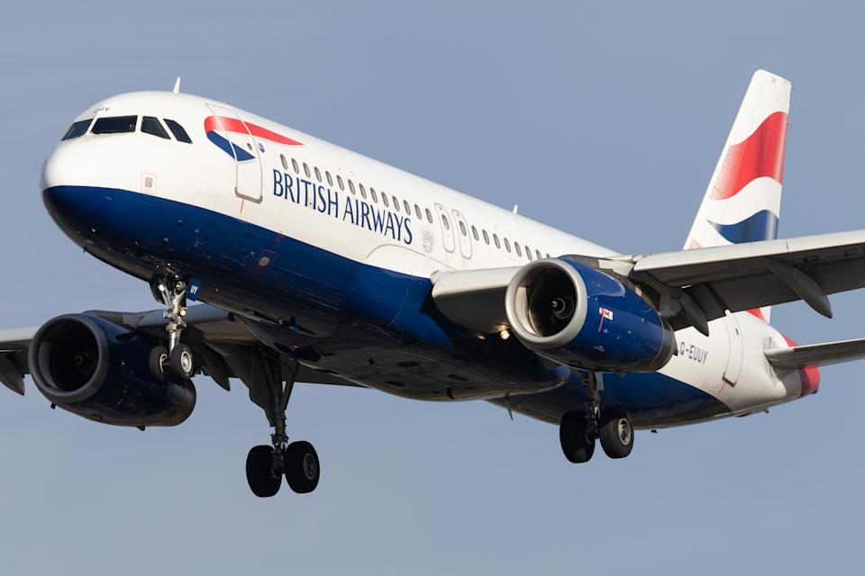 A British Airways Airbus A320 lands at London Heathrow Airport on 28th October 2020  (Photo by Robert Smith/MI News/NurPhoto via Getty Images)