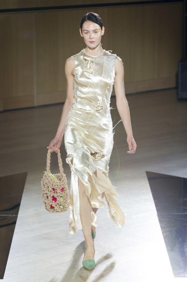 <p><i>Satin off-white knotted dress from the SS18 Rejina Pyo collection. (Photo: IMAXtree) </i></p>