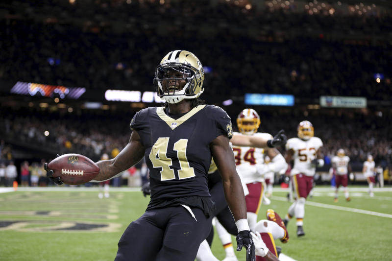 New Orleans Saints running back Alvin Kamara celebrates his game-tying two-point conversion against Washington. (AP)