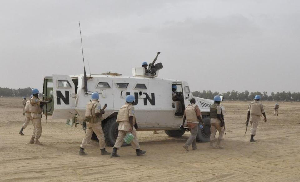"""Officials with the UN mission in Mali said in a statement that """"an accidental explosion of a shell caused the deaths of two MINUSMA peacekeepers during a training exercise"""" (AFP Photo/Alou Sissoko)"""