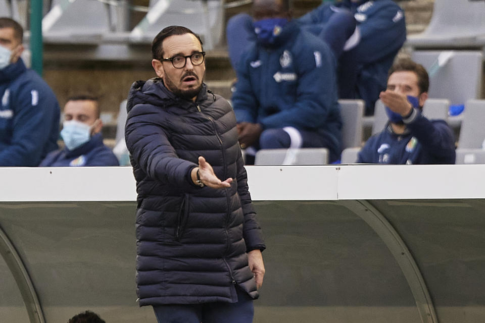 CORDOBA, SPAIN - JANUARY 05: Jose Bordalas, head coach of Getafe CF reacts during Copa del Rey Second Round match between Cordoba CF and Getafe CF at Estadio Nuevo Arcangel on January 05, 2021 in Cordoba, Spain. (Photo by Fermin Rodriguez/Quality Sport Images/Getty Images)
