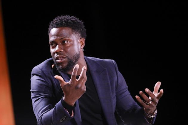 Kevin Hart quits as Oscars host after anger over gay slurs