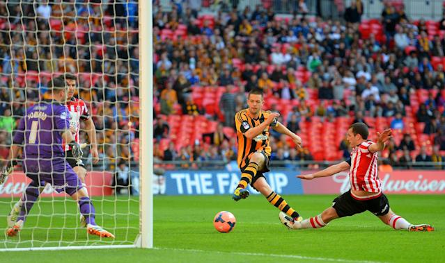 LONDON, ENGLAND - APRIL 13: Matthew Fryatt of Hull City scores their second goal during the FA Cup with Budweiser semi-final match between Hull City and Sheffield United at Wembley Stadium on April 13, 2014 in London, England. (Photo by Mike Hewitt/Getty Images)