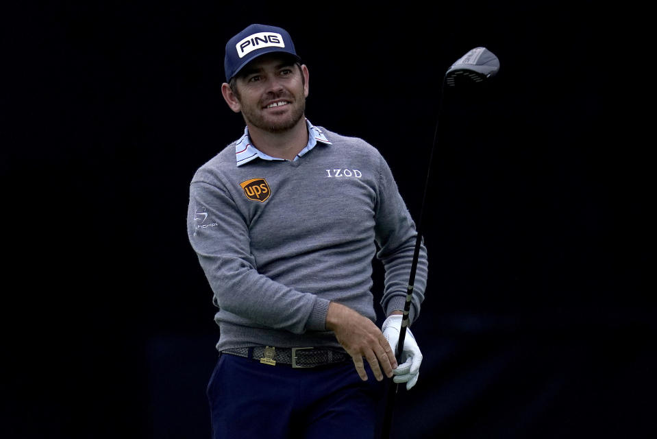 Louis Oosthuizen, of South Africa, plays his shot from the seventh tee during the first round of the U.S. Open Golf Championship, Thursday, June 17, 2021, at Torrey Pines Golf Course in San Diego. (AP Photo/Gregory Bull)