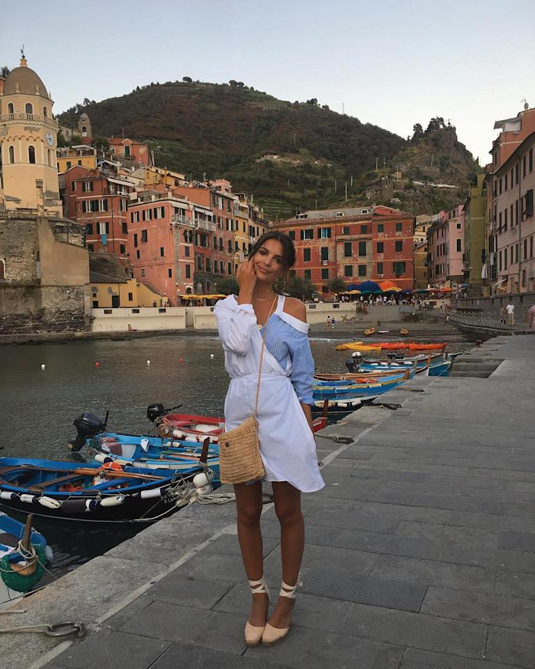 "<h2>Emily Ratajkowski in Cinque Terre</h2>                                                                                                                                                                                                                                      <h4>@emrata</h4>                                                                                                                 <p>     <strong>Related Articles</strong>     <ul>         <li><a rel=""nofollow"" href=""http://thezoereport.com/fashion/style-tips/box-of-style-ways-to-wear-cape-trend/?utm_source=yahoo&utm_medium=syndication"">The Key Styling Piece Your Wardrobe Needs</a></li><li><a rel=""nofollow"" href=""http://thezoereport.com/beauty/skincare/salma-hayek-antiaging-scrub-video/?utm_source=yahoo&utm_medium=syndication"">Salma Hayek's Favorite Antiaging Trick Will Cost You Almost Nothing</a></li><li><a rel=""nofollow"" href=""http://thezoereport.com/living/wellness/marriage-affect-on-health-study/?utm_source=yahoo&utm_medium=syndication"">Marriage Isn't As Good For You As It Used To Be, Study Says</a></li>    </ul> </p>"