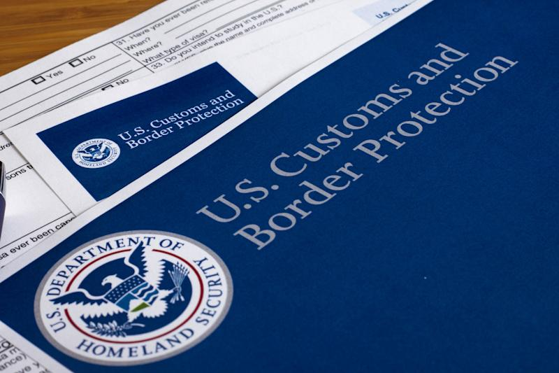 United States to require social media account from visa seekers
