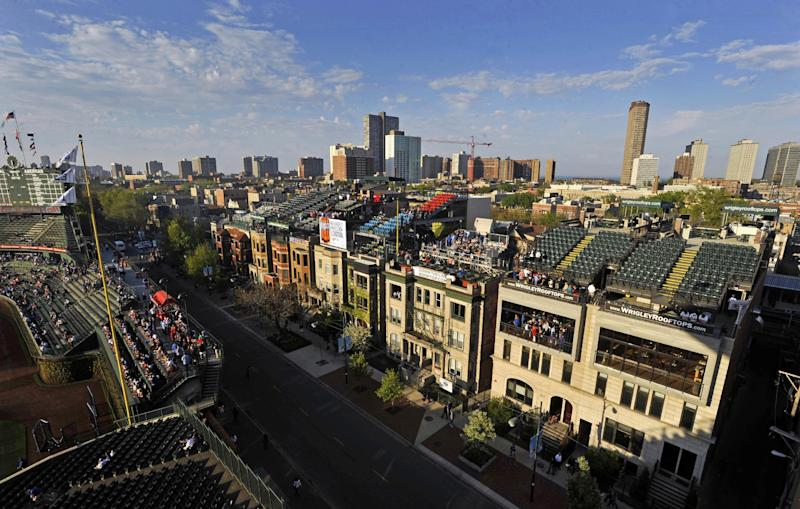 Chicago panel expands Wrigley Field makeover