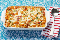 """<p>Casseroles are the hero of weeknight cooking because they're workhorse meals. Just make and bake, and you'll have plenty of portions to feed your family and friends. There are also infinite <a href=""""https://www.thepioneerwoman.com/food-cooking/meals-menus/g31929060/easy-casserole-recipes/"""" rel=""""nofollow noopener"""" target=""""_blank"""" data-ylk=""""slk:casserole recipes"""" class=""""link rapid-noclick-resp"""">casserole recipes</a> you can try (think <a href=""""https://www.thepioneerwoman.com/food-cooking/recipes/a11728/best-lasagna-recipe/"""" rel=""""nofollow noopener"""" target=""""_blank"""" data-ylk=""""slk:perfect lasagnas"""" class=""""link rapid-noclick-resp"""">perfect lasagnas</a> and <a href=""""https://www.thepioneerwoman.com/products/a32690150/green-bean-casserole-frozen-side/"""" rel=""""nofollow noopener"""" target=""""_blank"""" data-ylk=""""slk:green bean casseroles"""" class=""""link rapid-noclick-resp"""">green bean casseroles</a>)—but before you start planning your recipes, you need to make sure you have one of the best casserole dishes. <br><br>When you cook as much as Ree Drummond does, not just any casserole dish will do. You'll want one that's sturdy enough for oven cooking and pretty enough that you can put it right on your table. It also helps to have a lid for easy transporting. Once you find the best casserole dish for you, think about giving one as a present. A casserole dish makes a great <a href=""""https://www.thepioneerwoman.com/holidays-celebrations/gifts/g32421121/kitchen-gifts/"""" rel=""""nofollow noopener"""" target=""""_blank"""" data-ylk=""""slk:kitchen gift"""" class=""""link rapid-noclick-resp"""">kitchen gift</a> for anyone you know who loves to cook—and it's even better if you gift it with something delicious baked inside! Ree, for her part, likes to make lasagna for her friends and family. It's a perennial hit, because as Ree so rightly puts it, """"Everyone loves lasagna."""" <br><br>So if you're looking to bake something delicious, click through this gallery to find the best casserole dishes for the job! And check out these equ"""