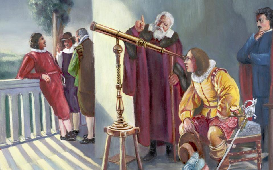 Milton in the observatory of Galileo looking through a telescope - Bettmann