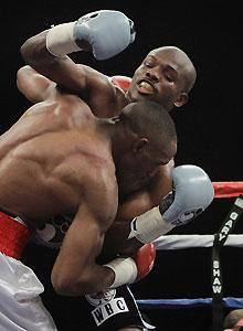 Timothy Bradley and Devon Alexander mixed it up Saturday night, just the way Bradley likes it