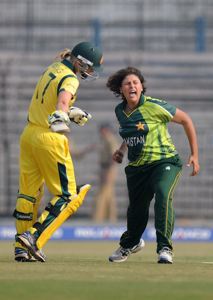 CUTTACK, INDIA - FEBRUARY 01:  Qanita Jalil of Paksitan celebrates the wicket of Meghann Moira Lanning of Australia during the second match of ICC Womens World Cup between Australia and Pakistan, played at the Barabati stadium on February 1, 2013 in Cuttack, India.  (Photo by Pal Pillai-ICC/ICC via Getty Images)