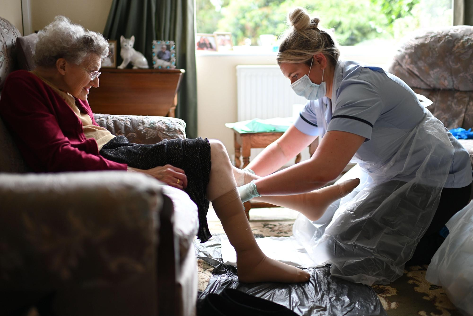 Call for 'designated visitors' to tackle coronavirus care home loneliness