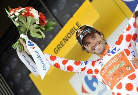 FILE PHOTO: Euskaltel - Euskadi's Samuel Sanchez celebrates after taking the Mountain Leader's Jersey  Mandatory Credit: Action Images / Pete Goding