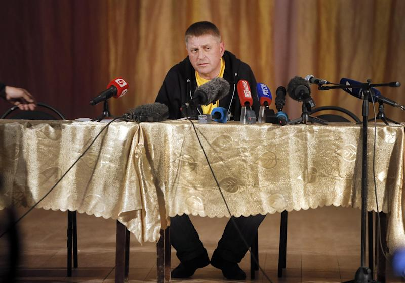 """Vacheslav Ponomarev, leader of the pro-Russian gunmen, speaks during a news conference in Slovyansk, eastern Ukraine, Tuesday, April 22, 2014. U.S. Vice President Joe Biden warned Russia on Tuesday that """"it's time to stop talking and start acting"""" to reduce tension in Ukraine, offering a show of support for the besieged nation as an international agreement aimed at stemming its ongoing crisis appeared in doubt. (AP Photo/Efrem Lukatsky)"""
