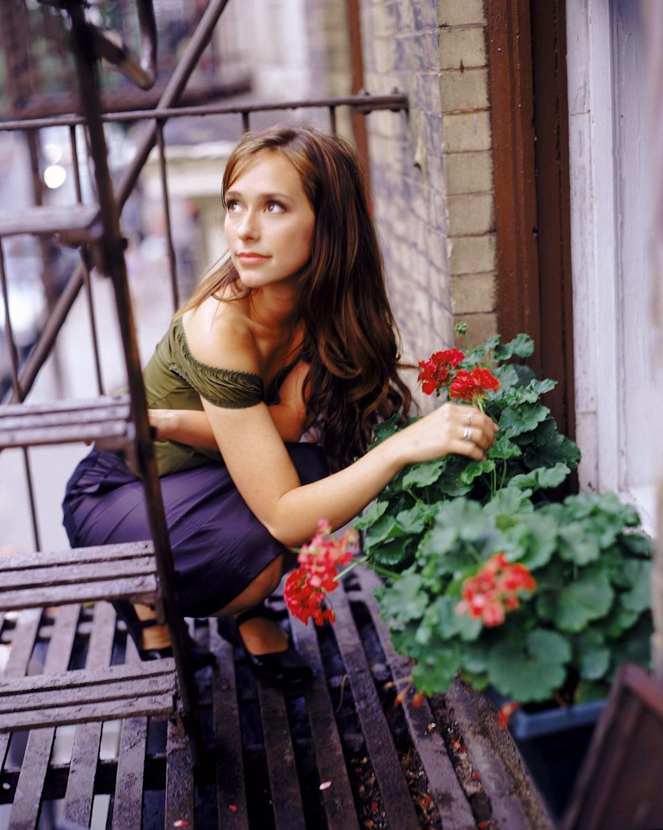 Jennifer Love Hewitt moved on from 'Party of Five' to the short-lived 'Time of Your Life.'