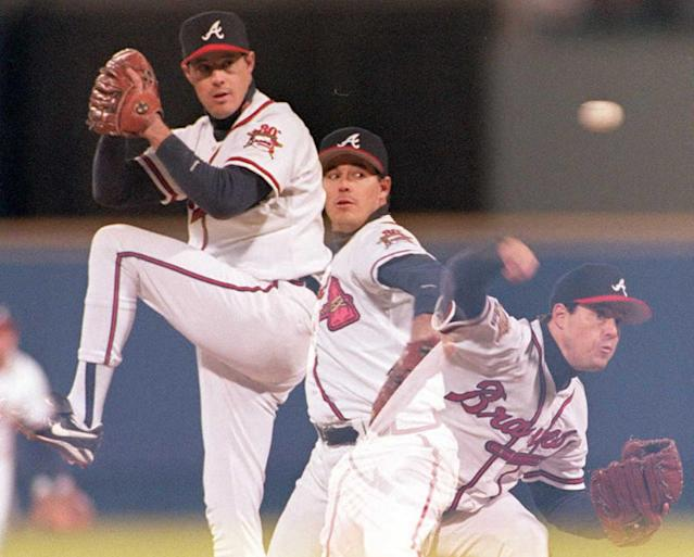 Atlanta Braves starter Greg Maddux pitched his 10th complete game and lowered his ERA to 1.56 on the final day of the 1994 season. Getty Images)