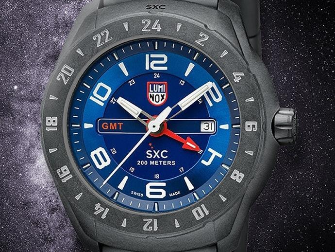 https://luminox.jp/watch-collection/space/sxc-pc-carbon-gmt-5020-series-ref5023-xs/