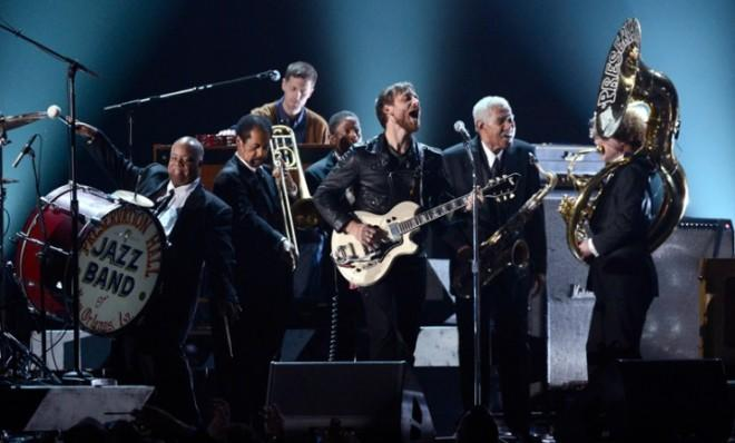 Dan Auerbach of the Black Keys killed it with the Preservation Hall Jazz Band at the 55th Annual Grammy Awards.