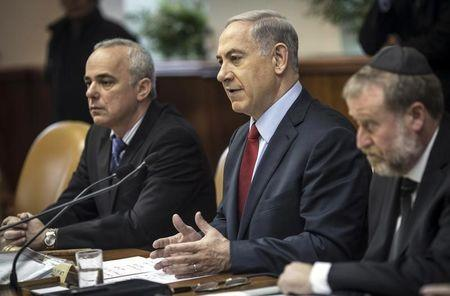 Israel's PM Netanyahu and minister Steinitz attend cabinet meeting in Jerusalem