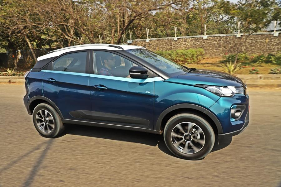 Changing from a conventional car to this one is seamless, as regular mode makes adapting to an EV very easy. In sport mode though, while the car is fast, the tyres squeal a bit and there is a bit of understeer. Thus, the regular 'Drive' mode is quite enough.