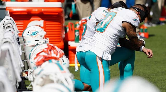 Which NFL Players Protested Racial Injustice During the National Anthem in Week 15?