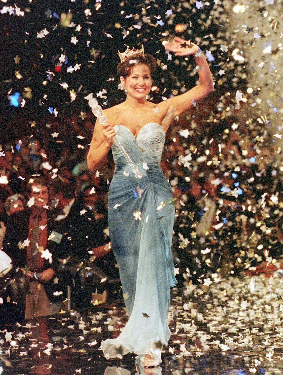 <p>Heather French Henry showed off her fun side in this blue ombré gown. The unique color helped her stand out in a sea of other contestants.</p>