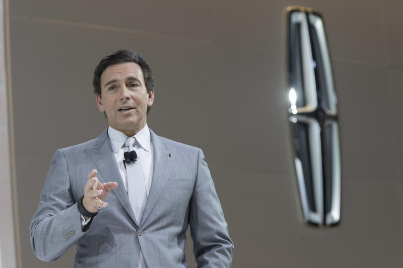 Ford confirms departure of chief executive Mark Fields