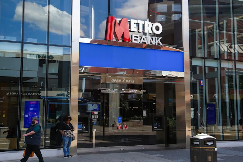 LONDON, UNITED KINGDOM - 2020/06/13: A branch of Metro Bank in London. (Photo by Dinendra Haria/SOPA Images/LightRocket via Getty Images)