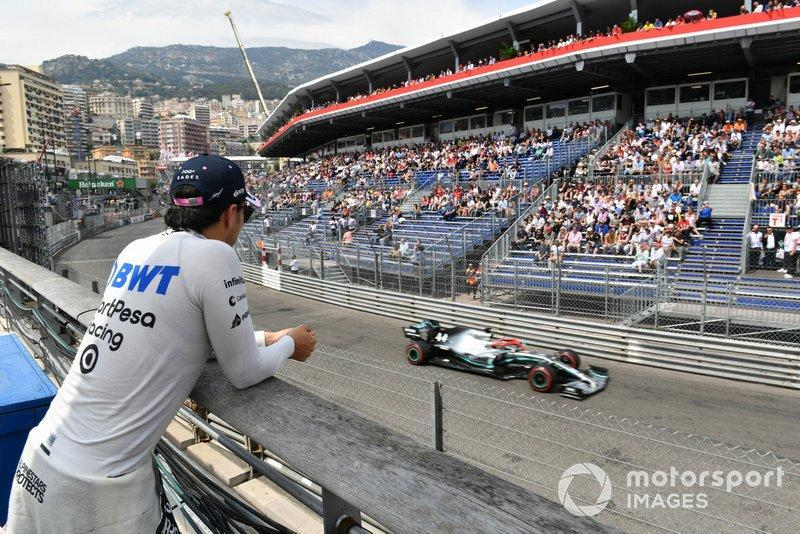 """Sergio Perez, Racing Point, watches Qualifying<span class=""""copyright"""">Mark Sutton / Sutton Images</span>"""